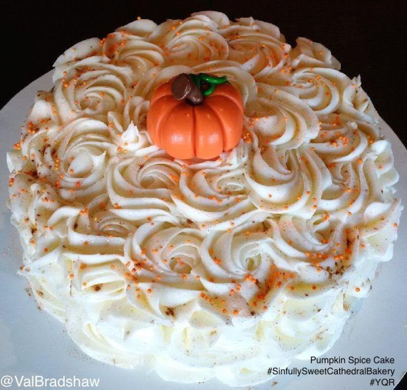 sinfully-sweet-pumpkin-spice-cake-vb