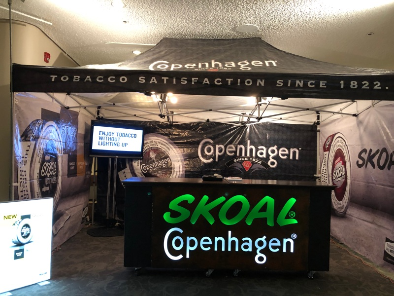 181122 Spirit of Edmonton Skoal Booth