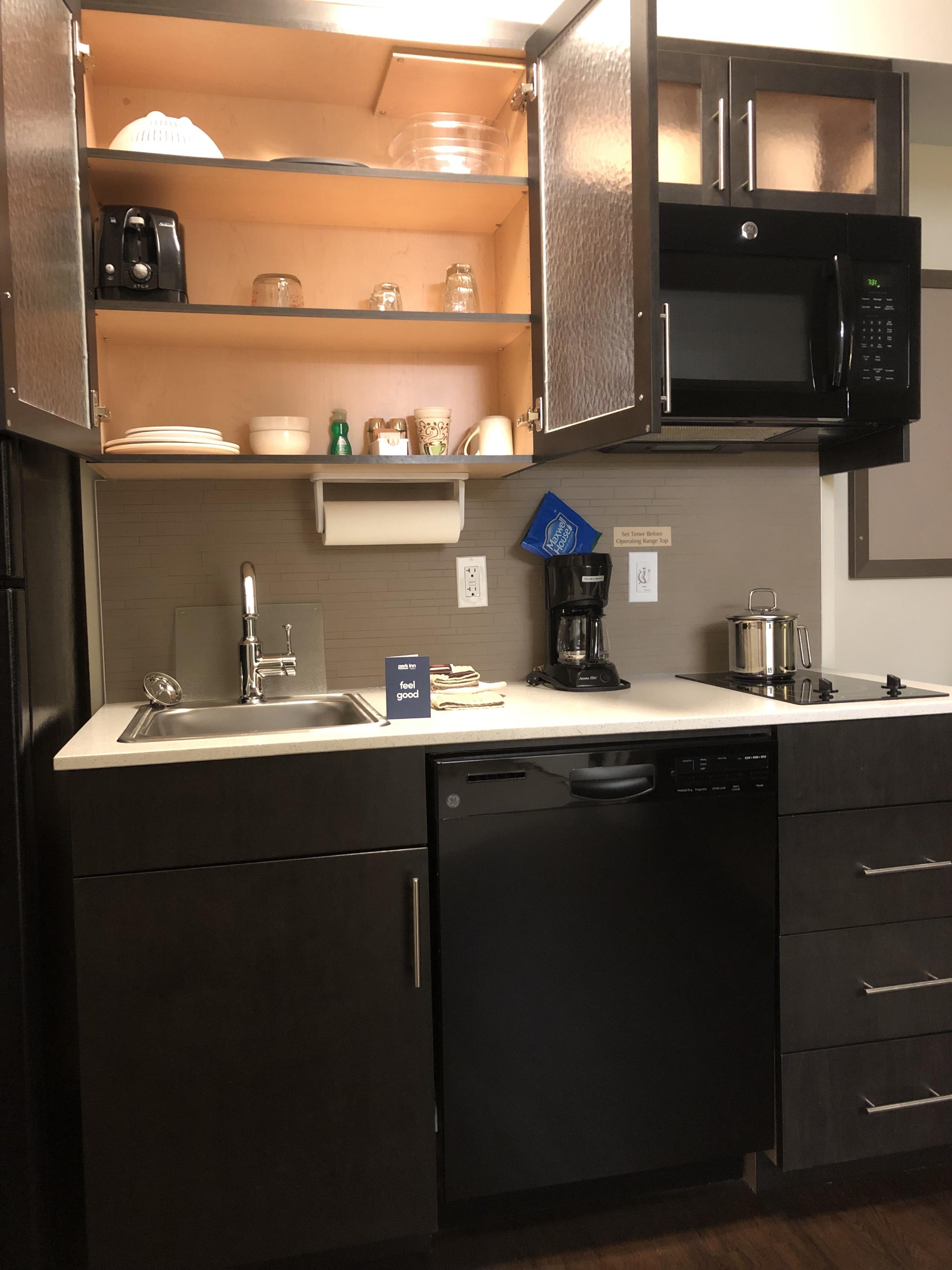 Park Inn YYC Calgary Kitchen Full